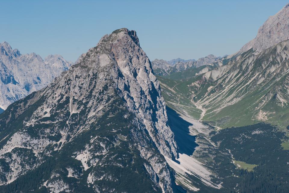 Free viewpoint at Schachen to Reintal in Wetterstein Mountain