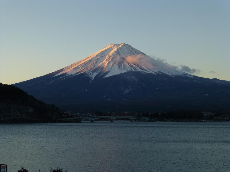 Free Mount Fuji reflected in Lake Kawaguchi at dawn