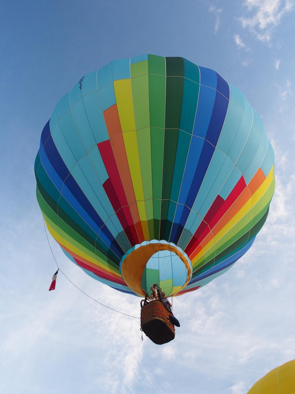 Free Hot air balloon take-off