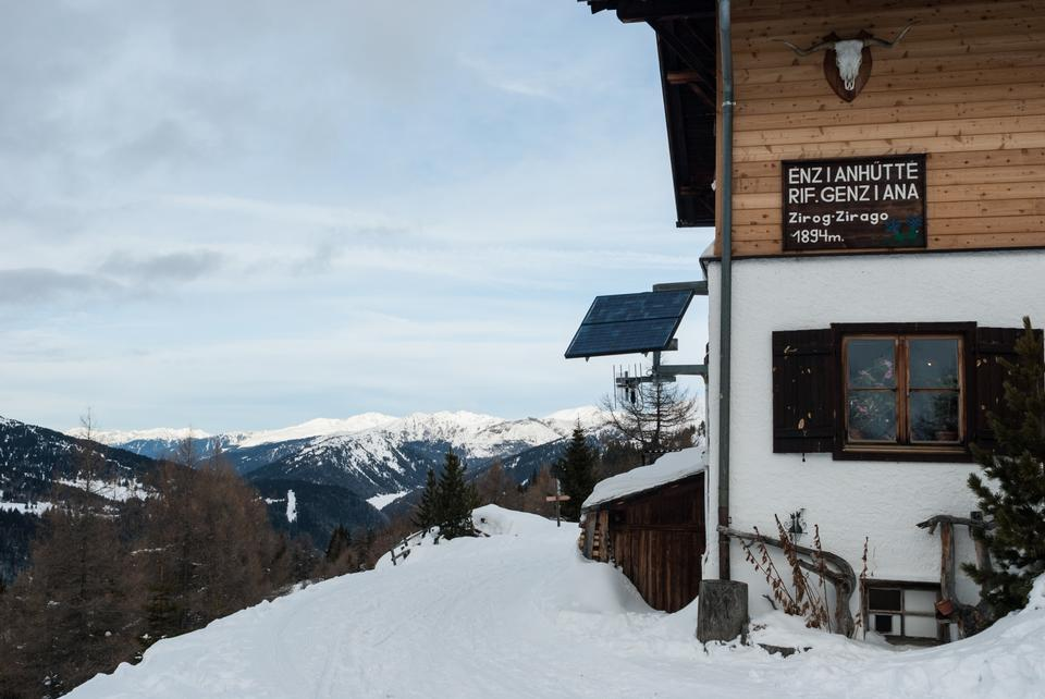 Free Gentian Lodge near the Brenner Pass in the winter