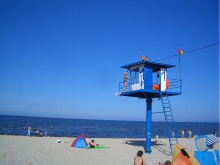 Free Lifeguards  on the beach in Ahlbeck
