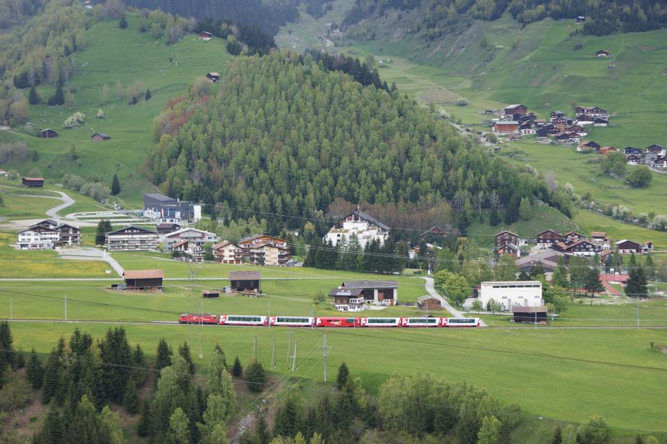 Free Glacier Express railway in Switzerland