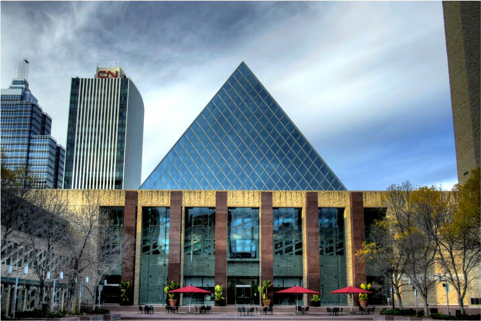 Free City Hall in Alberta, Canda