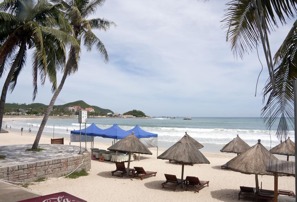 Free Dadonghai beach in Sanya, China