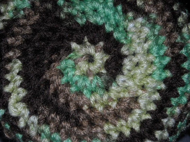 Free camouflage circle yarn crochet black green brown