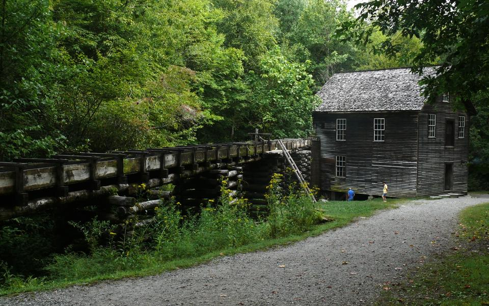Free Mingus Mill in Great Smoky Mountains National Park