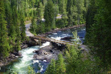 Free Mushbowl Bridge Murtle River in BC Canada