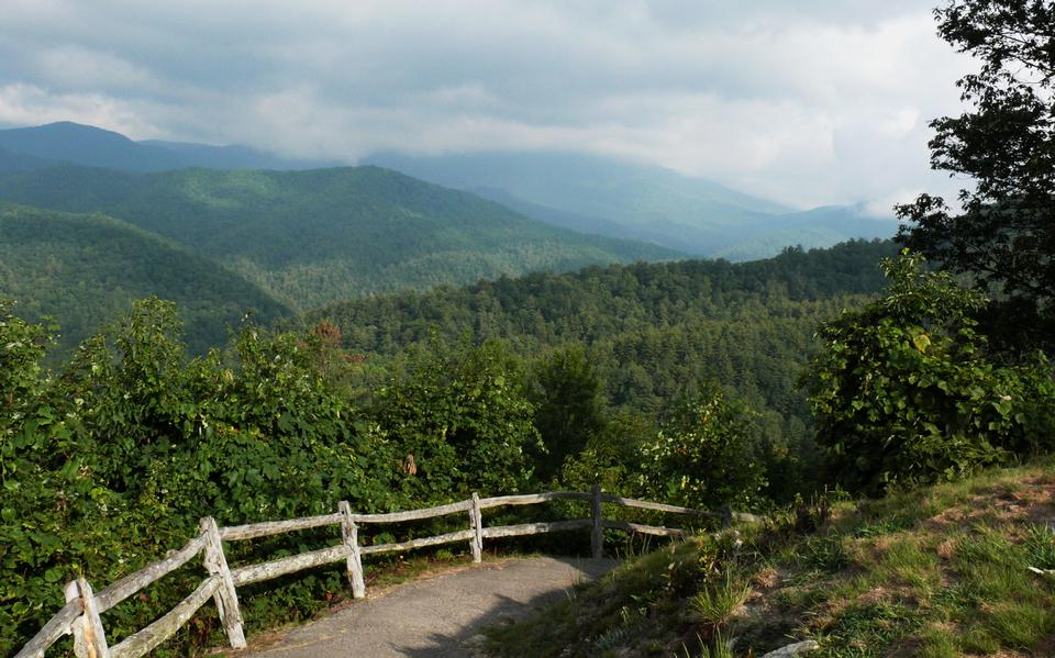 Free Cataloochee Valley in Smoky Mountains