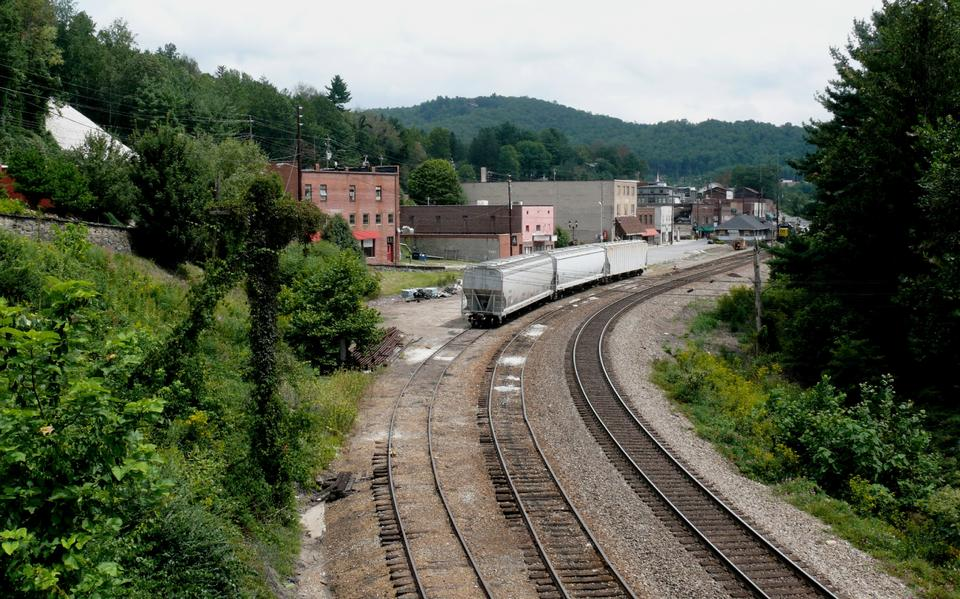Free Railroad tracks and train station in Spruce Pine