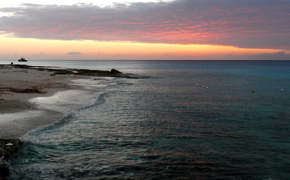 Free Sunset Cozumel Western Shore