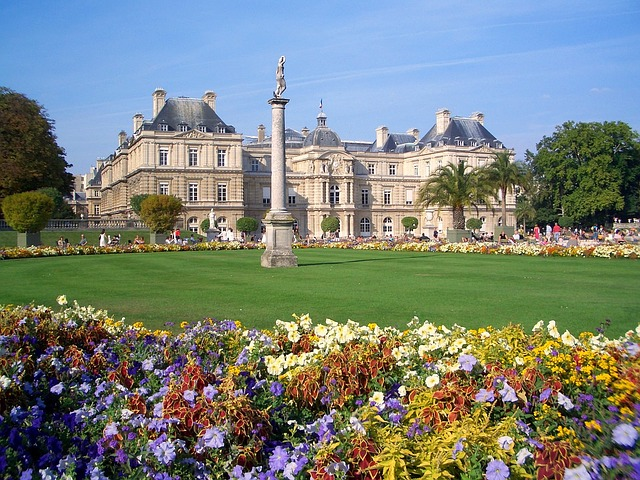Free jardin du luxembourg paris france palace building