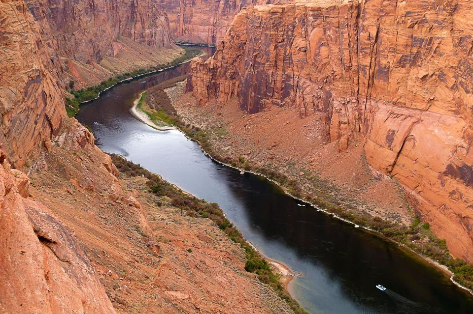 Free Colorado River in Glen Canyon