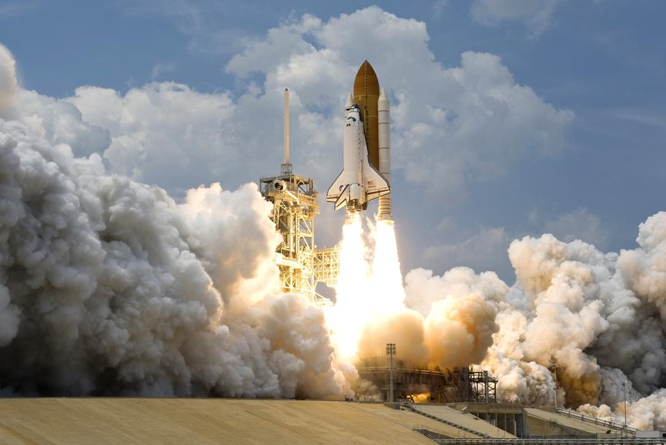 Free space shuttle Atlantis launches from the Kennedy Space Center