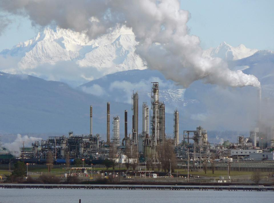 Free Oil Refinery in Anacortes, WA
