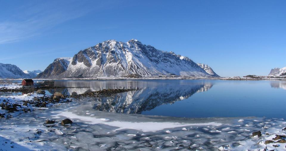 Free lofoten island during winter time