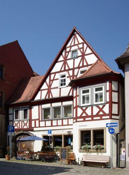 Free scenic historic houses in Marktbreit