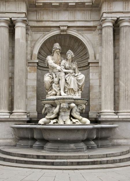 Free Detail of the Danubius Fountain with the allegorical figures