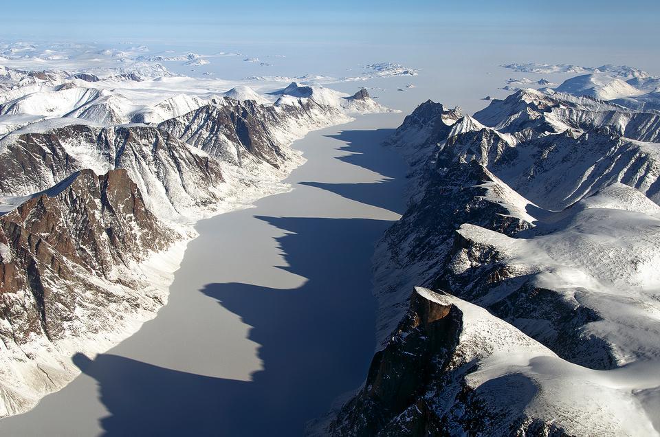Free IceBridge Flight Over Baffin Island