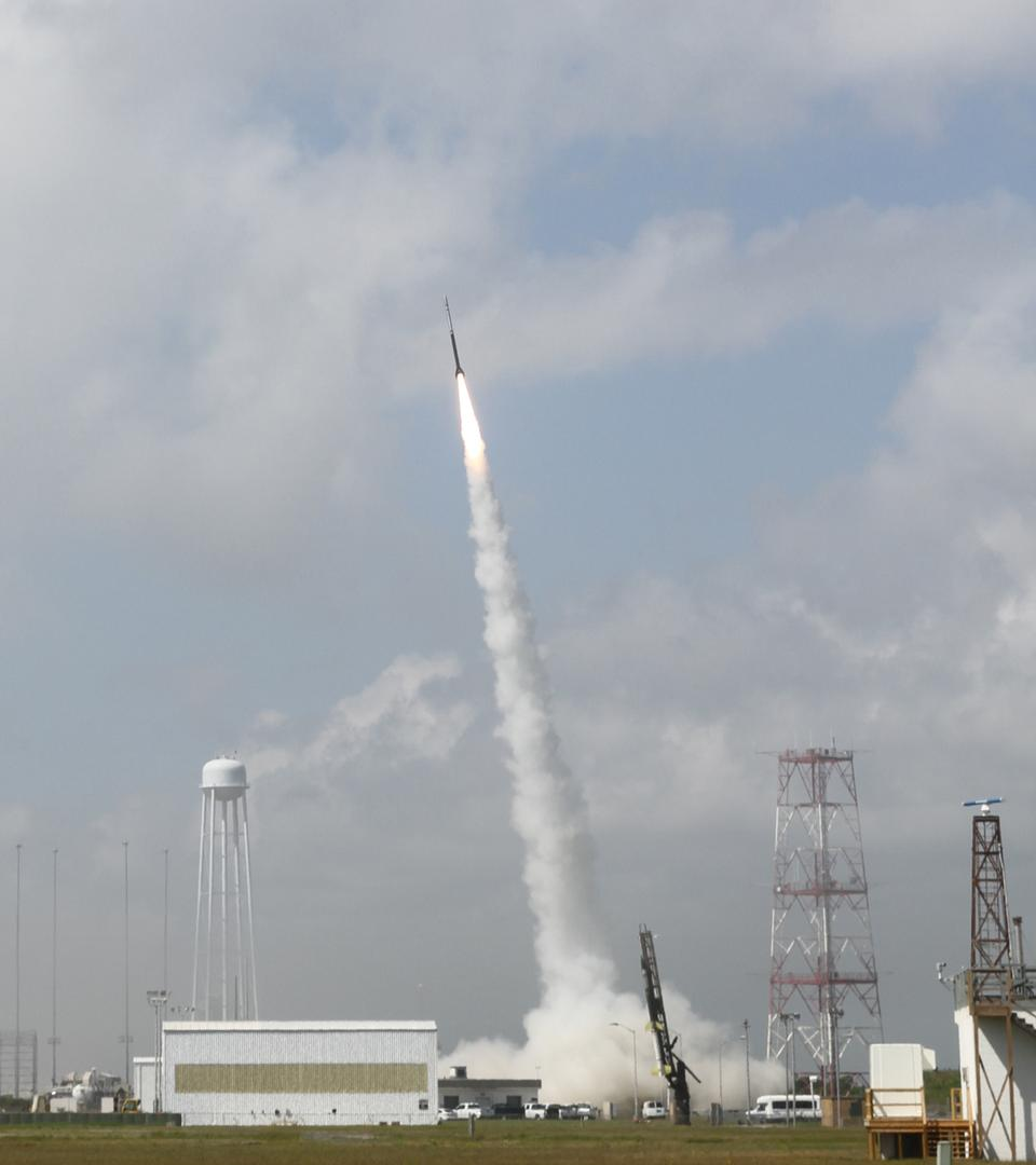 Free Daytime Dynamo Rocket Launch