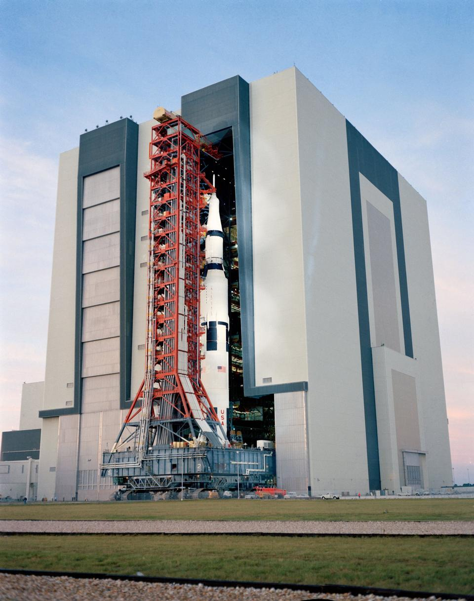 Free Vehicle Assembly Building at Kennedy Space Center