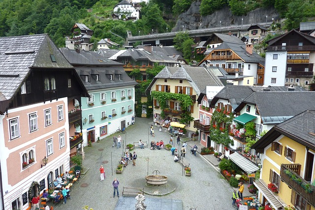 Free hallstatt austria town market square people
