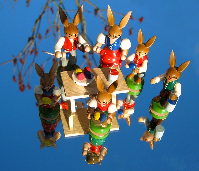 Free Photos: Easter easter bunny team teamwork paint group | Gaby Stein