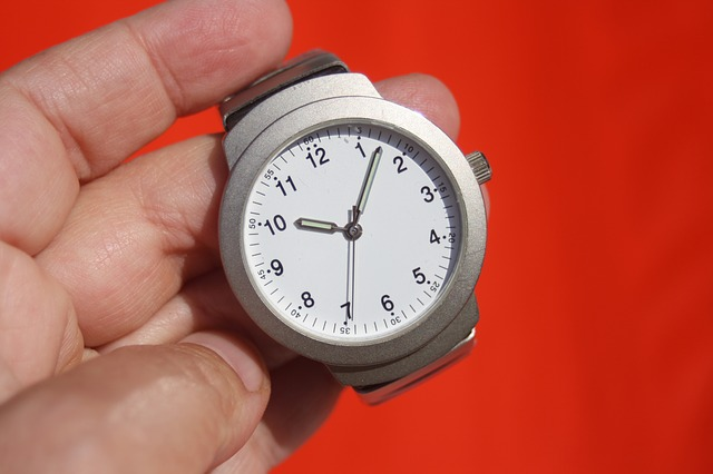 Free                clock time stopwatch wrist watch time indicating