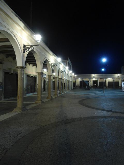 Free Photos: Portal night architecture | Tomás Salgado