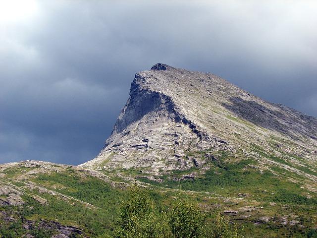 Free switzerland landscape mountain eiger sky clouds