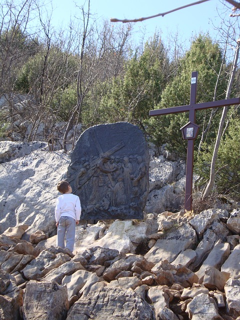 Free stations of the cross cross kid cliff rocks child