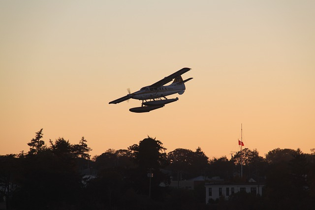 Free seaplane sunset seaplanes fly water sea victoria