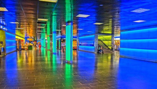 Free zurich light movement zurich main station