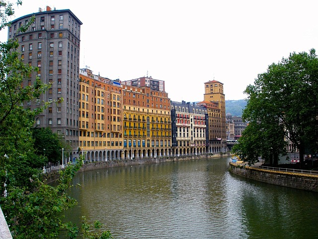 Free bilbao spain river canal water reflections sky
