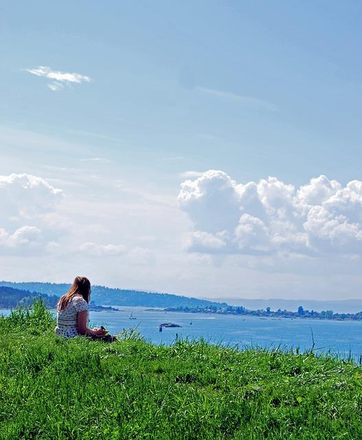 Free soledad girl clouds sea horizon sky