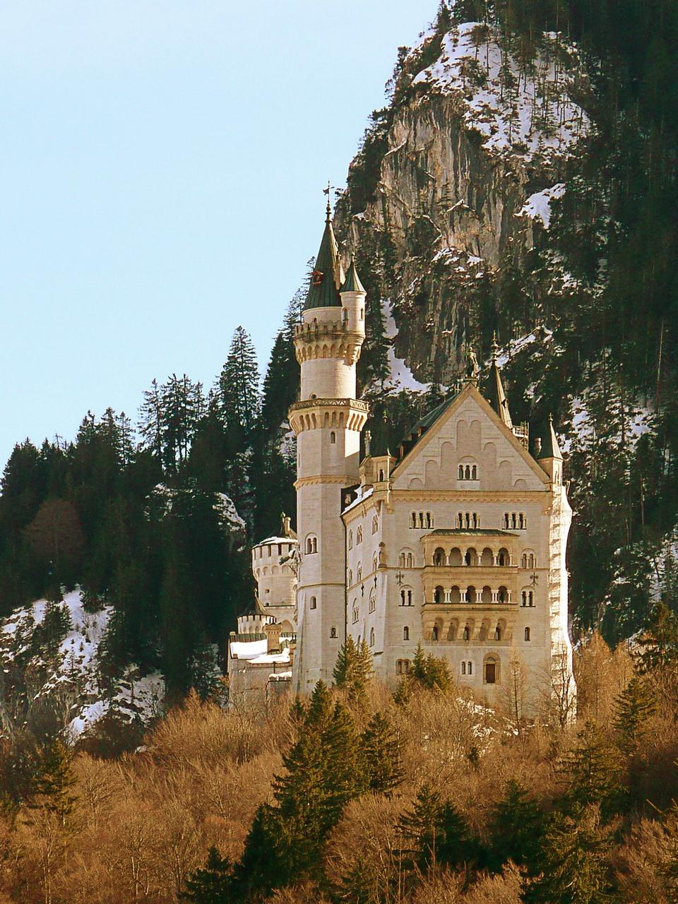 Free Neuschwanstein Castle in Schwangau, Germany