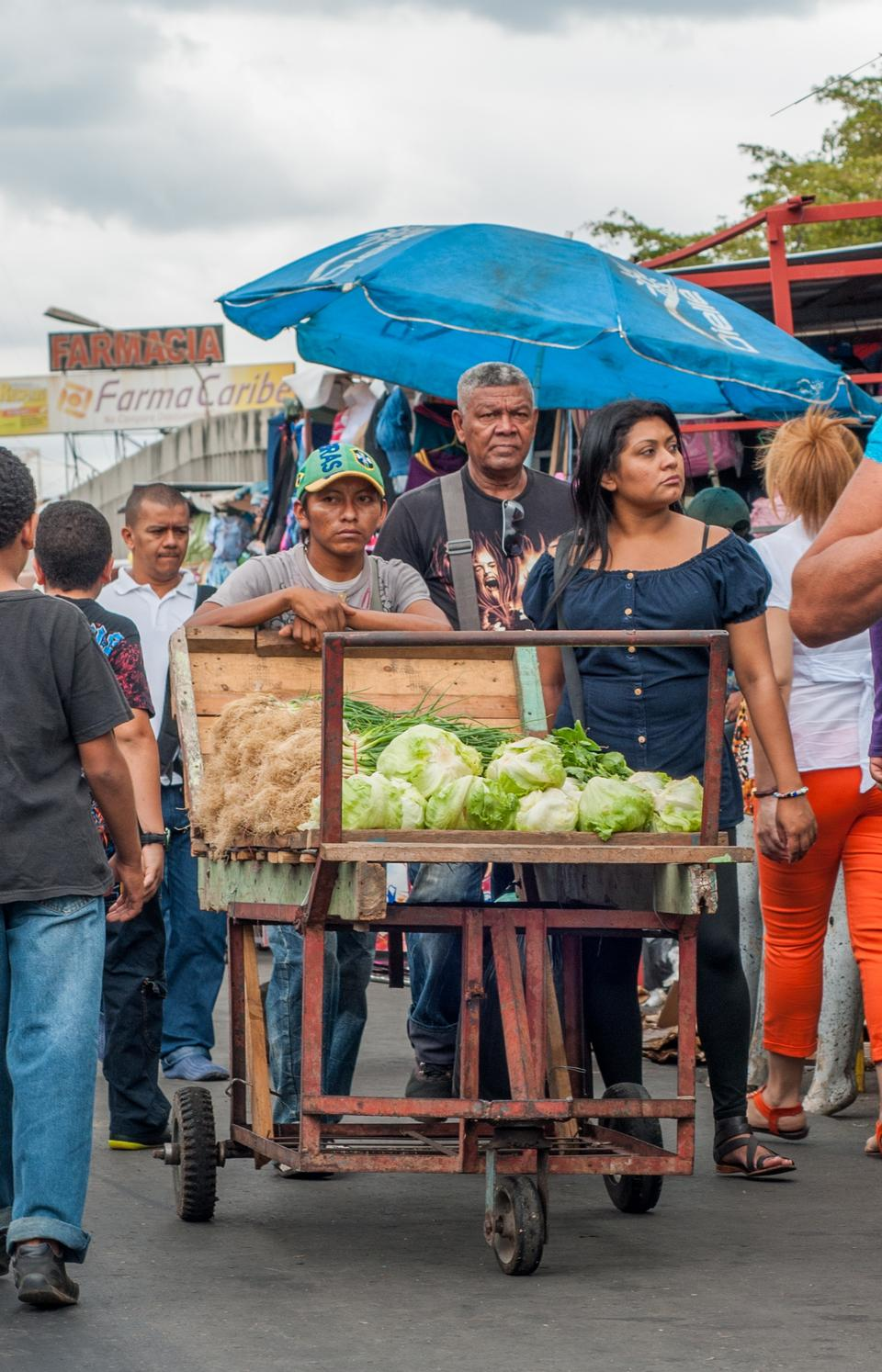 Free street sellers of food to supply
