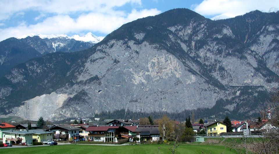 Free Martin Wall Zirl , Tirol