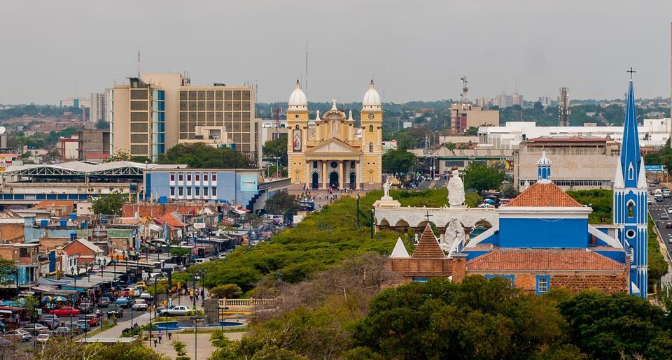 Free Church Santa Barbara and Basilica Chiquinquira