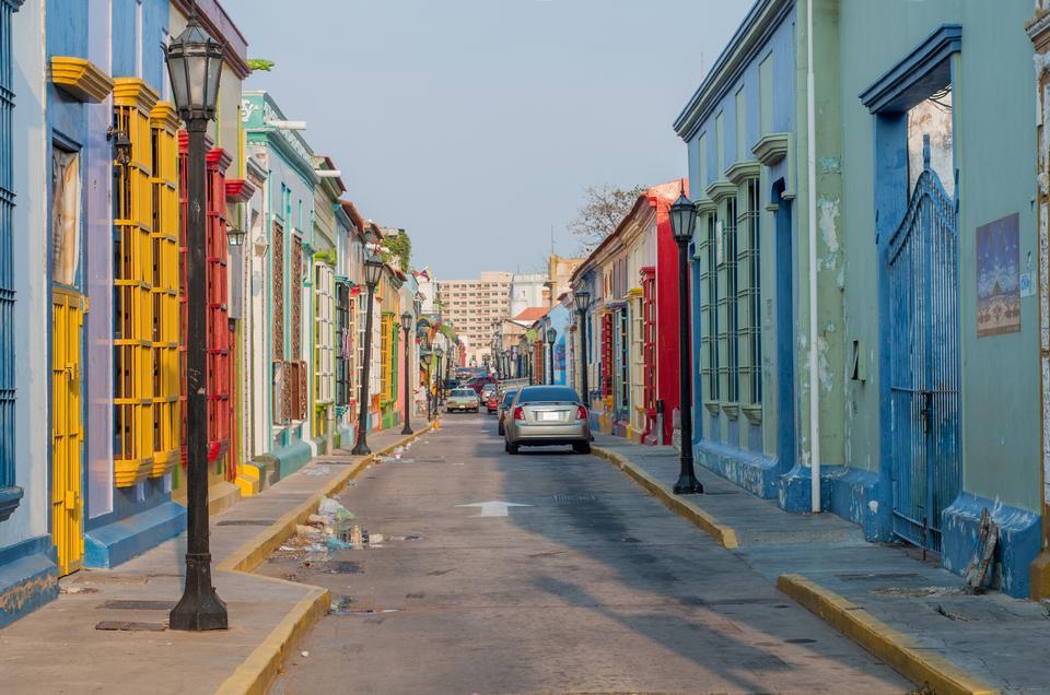 Free Carabobo Street in Maracaibo City