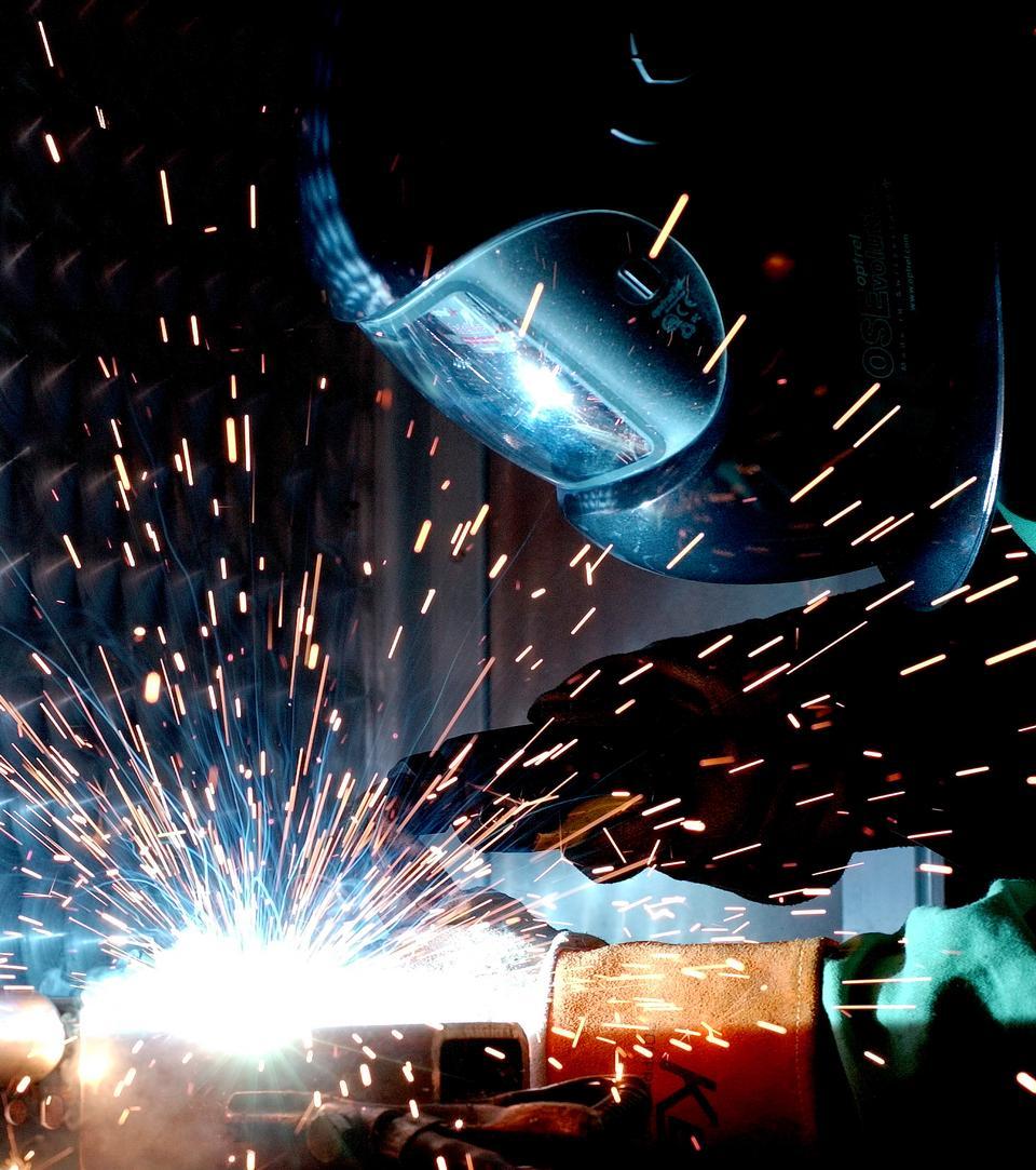 Free A man gas metal arc welding