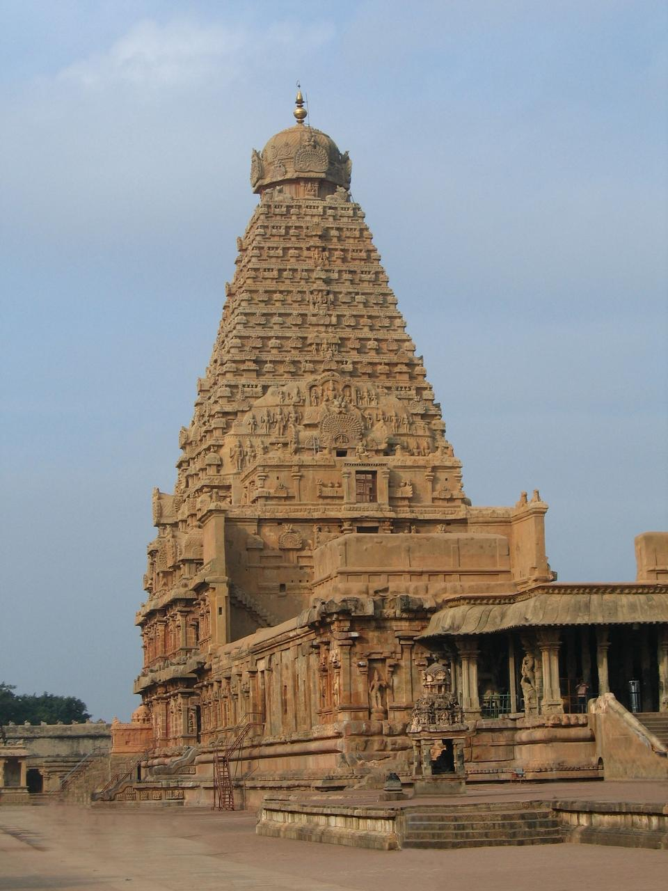 Free Thanjavur Brihadeeswara Temple India