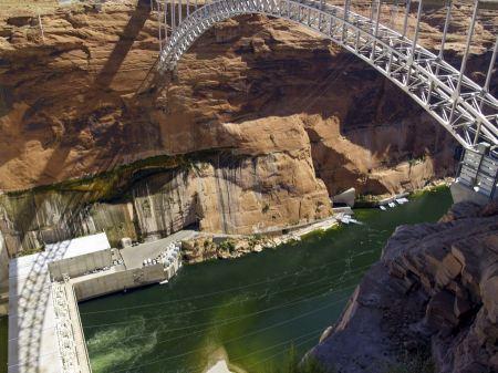 Free Glen Canyon Dam on the Colorado River in northern Arizona