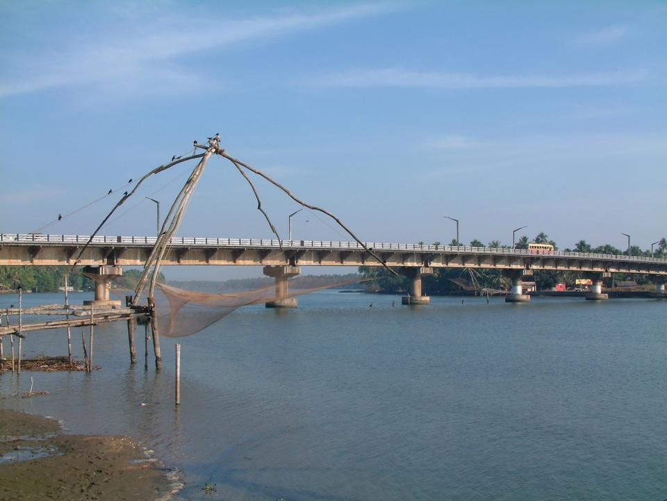 Free Kottapuram river and bridge amidst some Chinese fishing nets