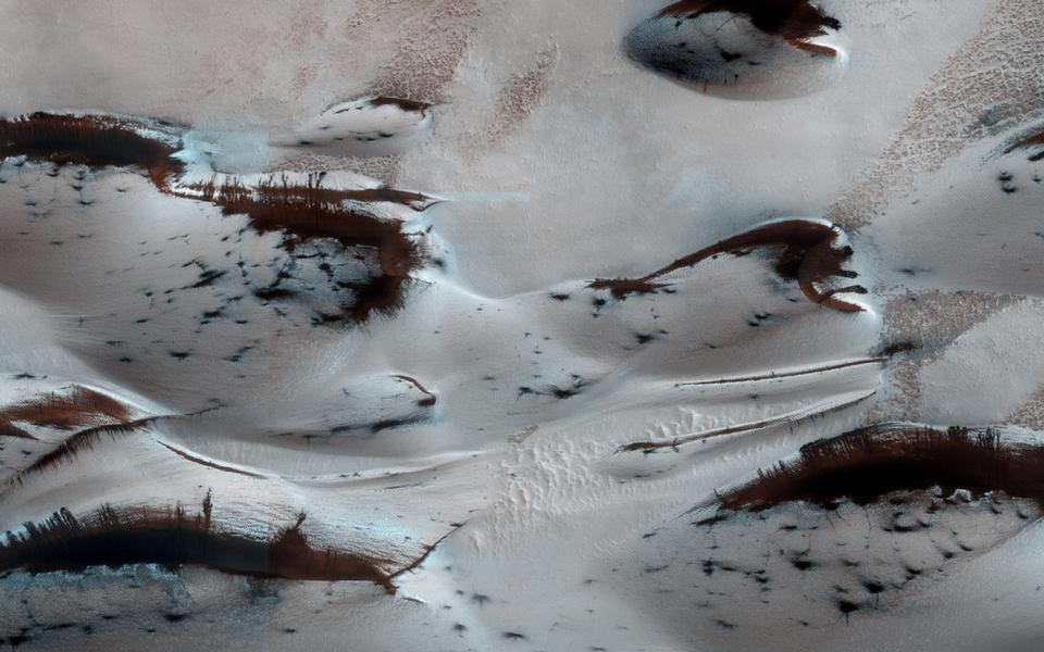 Free Martian Sand Dunes in Spring