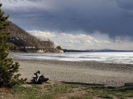Free Frozen Lake Yellowstone National Park Wyoming