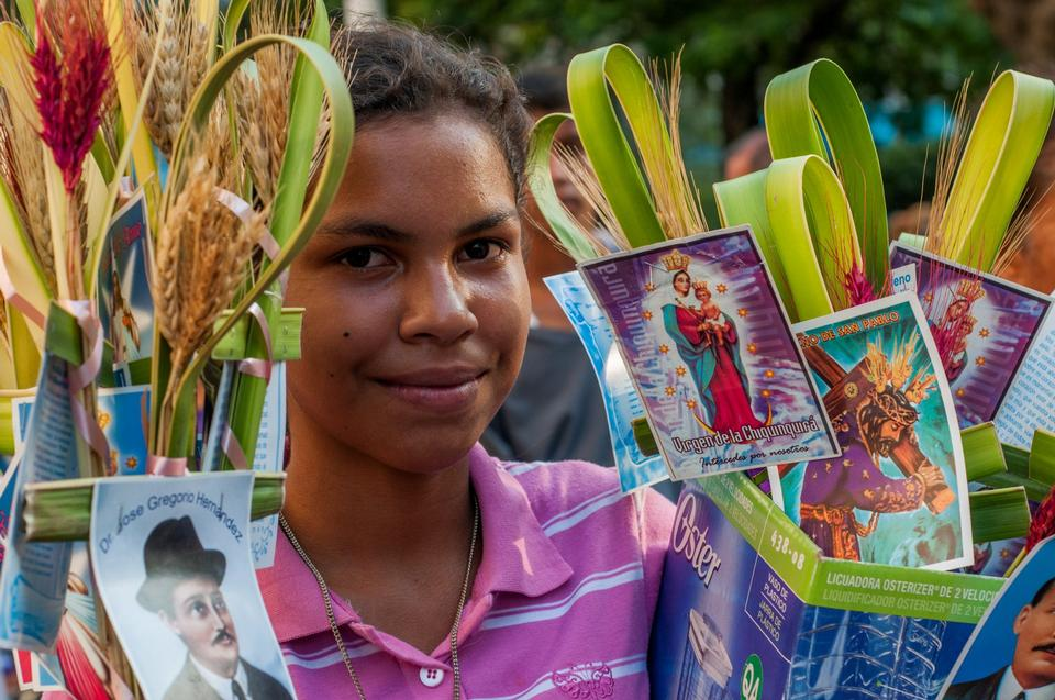 Free girl selling for Palm Sunday