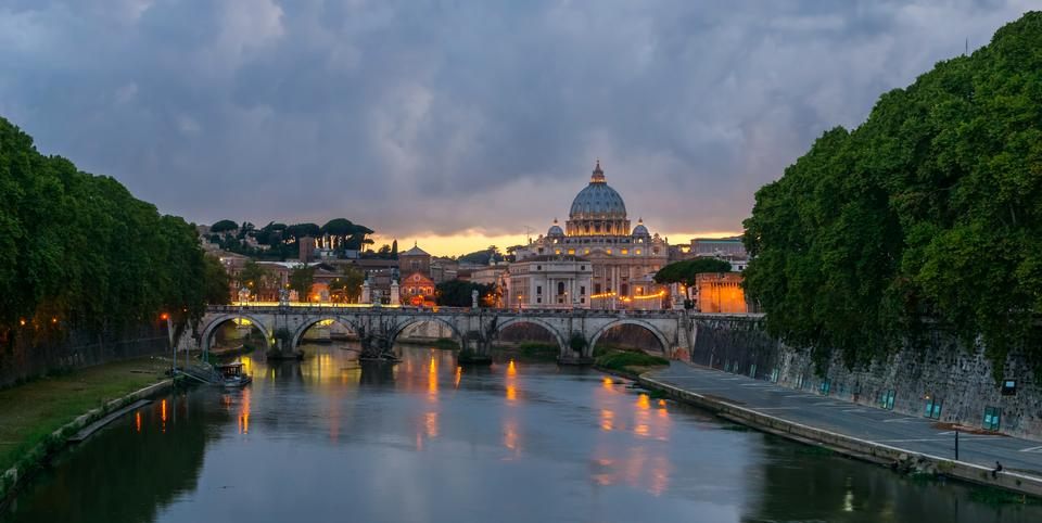 Free Umberto I bridge, Rome, Italy