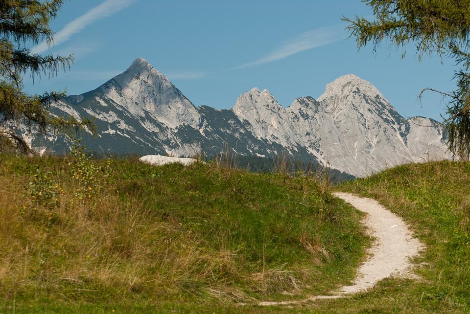 Free Arnspitze Group from Leutasch near Weidachsee