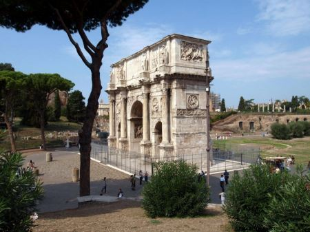 Free Arch of Constantine and Colosseum, Roma, Italy