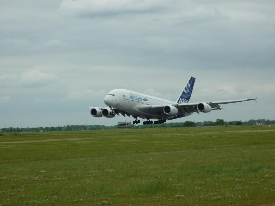 Free Airbus A380